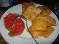 antipasto: pizza, bruschette e panelle - Baglio Arcudaci - 1 aprile 2012  - Bruca (1102 clic)