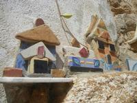 Cortile Carini - Laboratorio di Cocci per bambini - particolare - 6 settembre 2012  - Sciacca (381 clic)