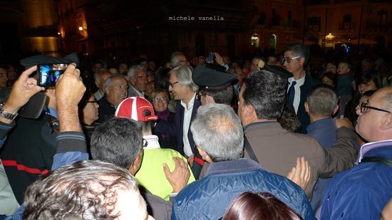 Vittorio Sgarbi a Grammichele durante le elezioni comunali 2013 - GRAMMICHELE - inserita il 24-Dec-14