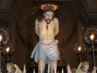 Simulacro ligneo del Cristo alla Colonna (inizi 1700), portato in processione il Venerdì Santo dai confrati del Rosario (Alfredo Catalfo - 2004).  - Biancavilla (7833 clic)