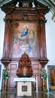 Il dipinto dell'Assunta. Sull'altare maggiore via un grande dipinto dell'Assunta di autore sconosciuto è collocato nel 1623.  - Gibilmanna (1118 clic)