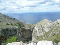 Dio ha usato tutta la sua fantasia per creare le montagne.  PALERMO Paola Porcello
