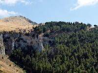 Grotta Grattara e il prato.   - Gratteri (857 clic)