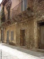 Stradina del paese  - Caltavuturo (5877 clic)
