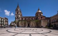 La Piazza   - Acireale (1218 clic)