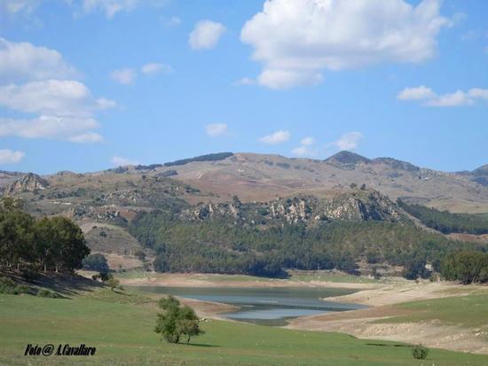 Lago Pozzillo- Regalbuto - Regalbuto - inserita il 08-Mar-17
