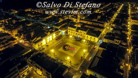 Foto aerea notturna - CARLENTINI - inserita il 11-May-17