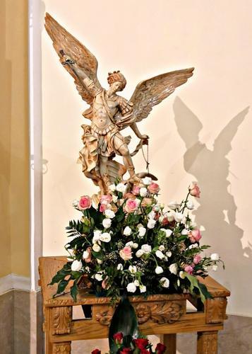 Statua San Michele Arcangelo, Allume di Roccalumera (ME).  -  - inserita il 30-Jan-20