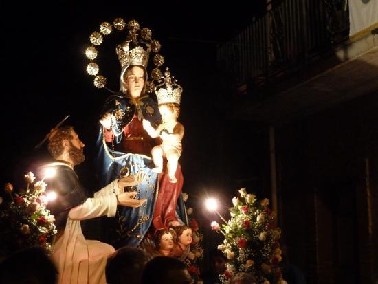 Madonna del Rosario - Patrona di Roccalumera. - Roccalumera - inserita il 25-Oct-17