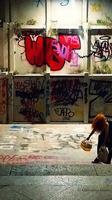 Visioni striscianti##1 Largo Paisiello  - Catania (42 clic)