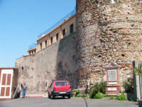 Il Castello  - Santa lucia del mela (3221 clic)