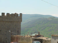 Il Castello Aragonese  - Montalbano elicona (3483 clic)