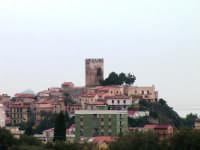 Veduta con torre  - Brolo (6303 clic)