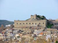 Veduta con castello  - Montalbano elicona (5741 clic)