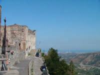 Il Castello  - Santa lucia del mela (3164 clic)