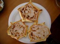 Tipico dolce pasquale Cassatedde di ricotta   - Comiso (11538 clic)