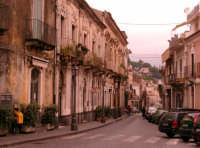 Una strada del paese  - Trecastagni (2033 clic)