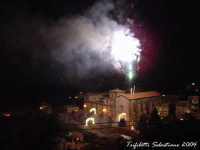 Giochi di fuoco del 15 agosto all'Abbazia  - Novara di sicilia (6422 clic)