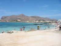 La spiaggia di Cala Burrone  - Favignana (9901 clic)