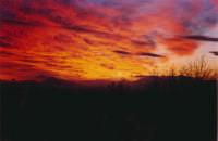 4 gennaio 2003, un tramonto mozzafiato! Foto scattata a Bonagrazia  (località periferica del paese)  - Montelepre (5999 clic)