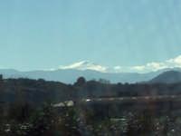 dall'autostrada Palermo Messina, in una splendida giornata vediamo il vulcano che fuma  - Etna (2664 clic)