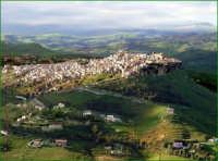 Calascibetta vista dal castello Lombardia di Enna  - Calascibetta (7800 clic)