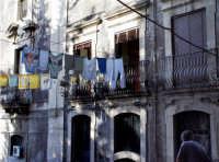 Panni stesi centro storico di catania  - Catania (3392 clic)