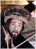 Cristo con la Croce che si venera il Venerdì Santo di ogni anno nella Basilica della SS. Annunziata di Ispica.  - Ispica (4980 clic)