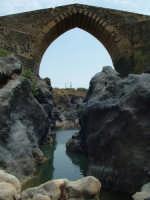 Ponte dei Saraceni sul Simeto.  - Adrano (6275 clic)