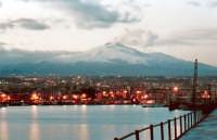 Etna dal porto al tramonto.  - Catania (7924 clic)