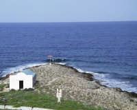 Cappella in un angoletto dell'isola  - Formica (8411 clic)