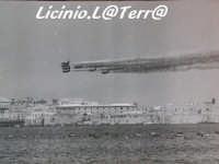 Esibizione delle Frecce Tricolori a Siracusa negli anni'70  - Siracusa (4089 clic)