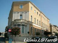 Il Grand Hotel in Ortigia, particolare della soluzione d'angolo  - Siracusa (1672 clic)