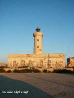 Faro, simbolo e punta estrema della nuova Area Marina Protetta del Plemmirio  - Siracusa (8892 clic)