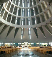 La Basilica superiore del Santuario della Madonnina delle Lacrime  - Siracusa (2076 clic)