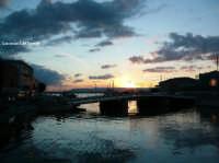 Il Ponte S. Lucia al tramonto alla Darsena  - Siracusa (1867 clic)
