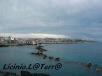 Ortigia culla del Mediterraneo La costa siracusana vista dal lungomare di Ortigia  - Siracusa (2595 clic)