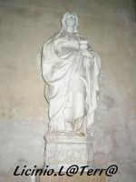 Statua marmorea di S. Lucia, opera di A. Gagini del 1527. Si trova sulla navata sinistra del Duomo  - Siracusa (1810 clic)