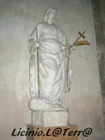 Statua marmorea di S. Caterina d'Alessandria, opera di scuola Gaginesca del XVI Sec. Si trova sulla navata sinistra del Duomo  - Siracusa (4153 clic)