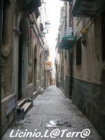 Vicoli d'Ortigia Via dei Cordai, nel quartiere dei Bottai  - Siracusa (2312 clic)