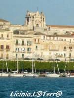 Scorcio della Cattedrale dal porto Grande  - Siracusa (2244 clic)