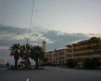 Faro - Veduta da C.so Argentina (foto scattata da W. De Caro)  - Licata (3359 clic)