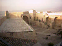 Castel Sant'Angelo - Cortile interno (foto scattata da V. Cavaleri)  - Licata (5308 clic)
