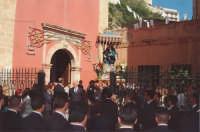 Festa dell'Addolorata - Uscita dal Santuario di S. Agostino  (foto archivio parrocchiale)  - Licata (5583 clic)