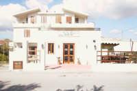Villa Fiori Beach Villa Fiori Beach Camere e Ristorante a due passi dal mare  - Menfi (7373 clic)