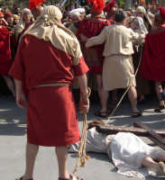 Processione del Giovedì Santo: Gesù a terra   - Marsala (4031 clic)