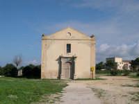 La chiesa di San Giovanni che sorge sulla Grotta della Sibilla ove si trova una fonte d'acqua con proprietà miracolose  - Marsala (5257 clic)