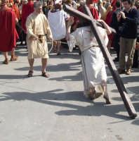 Processione del Giovedì Santo: Gesù sta per cadere  - Marsala (3932 clic)