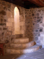 a door inside the norman tower (1049 A.C.)  - Paternò (3574 clic)