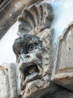 14 aprile 2006 - detail of las casas portal  - Paternò (5176 clic)